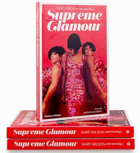 SIGNED SUPREME GLAMOUR BY MARY WILSON