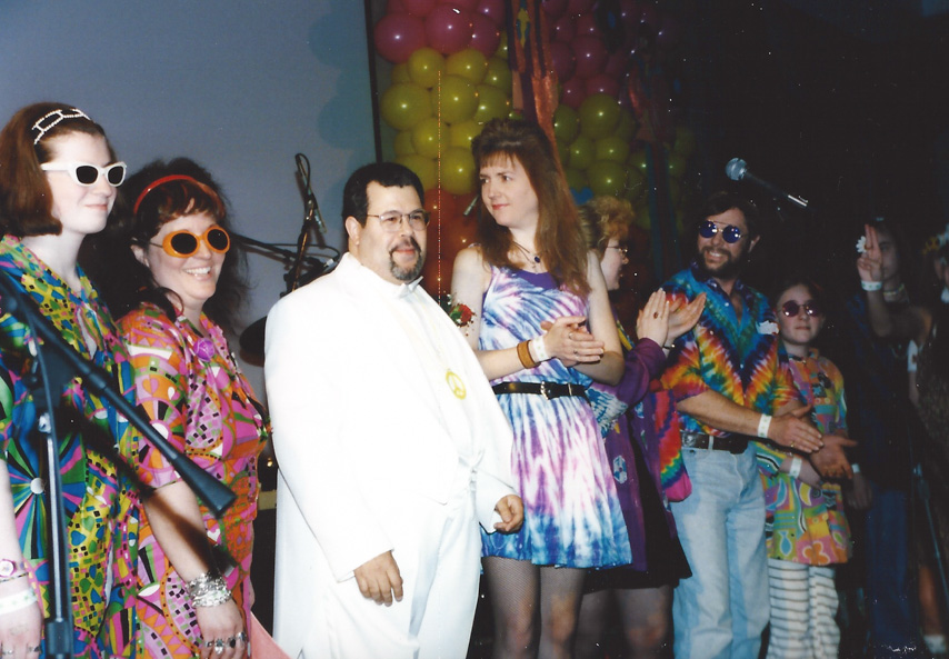 The 60s dress up contests have been turning the clock back at the FEST for decades – Chicago `99