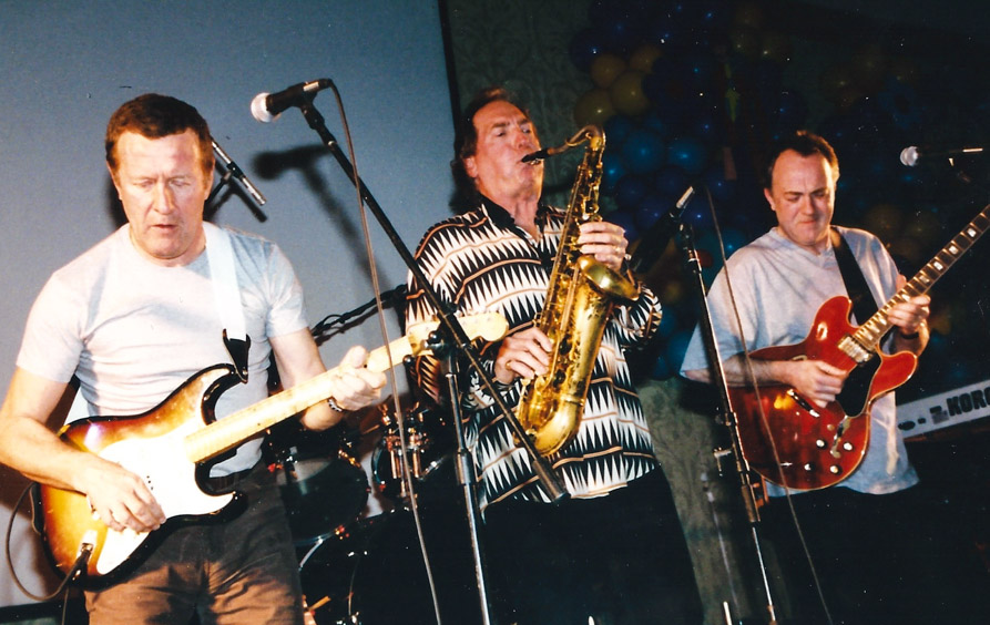 Hamish Stuart, Jim Horn, and Robbie McIntosh - a tremendous trio of musical guests – N.J. `01