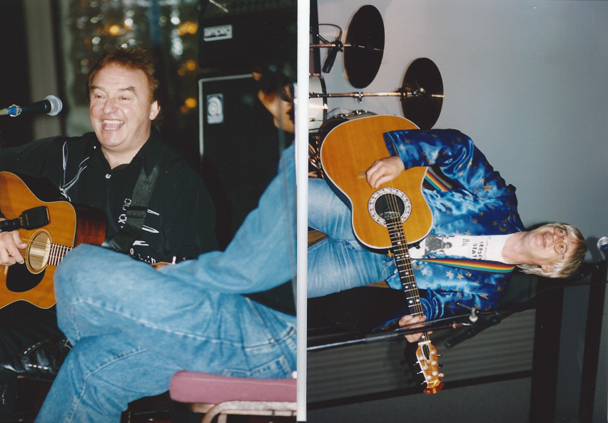Gerry Marsden and Neil Innes serenade the audience – L.A. `94